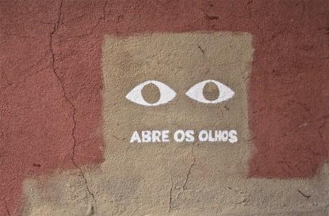 = abrir quantos olhos ter